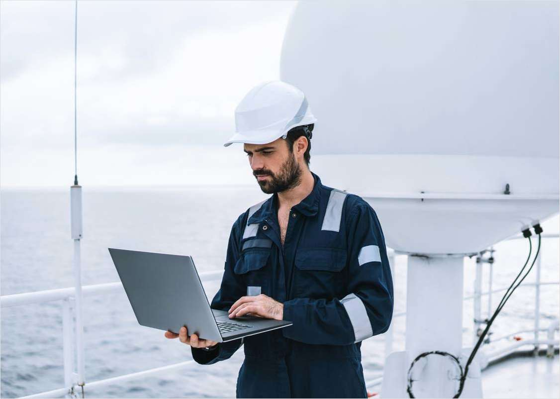 How to Achieve Reliable Ship to Shore Data Replication and Application Management